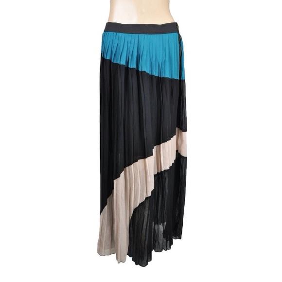 63f2966341 Aryn K Dresses & Skirts - ARYN K. MAXI SKIRT PLEATED COLOR BLOCKED BLUE